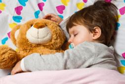 8-habitos-del-sueno-saludable-para-ninos